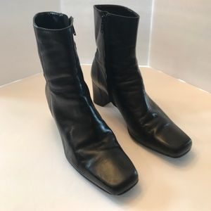 Michelle D Black Heeled Boots Size 9-9 1/2
